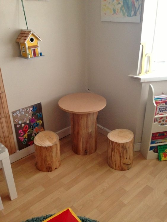 DIY Tree Trunk and Toadstools Table (2)