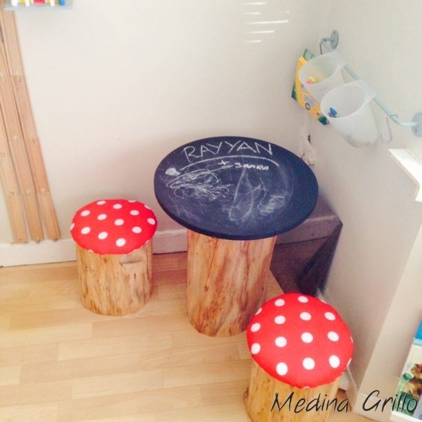 DIY Tree Trunk and Toadstools Table (4)