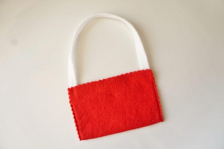 Elf on the Shelf No Sew Messenger Bag (1)