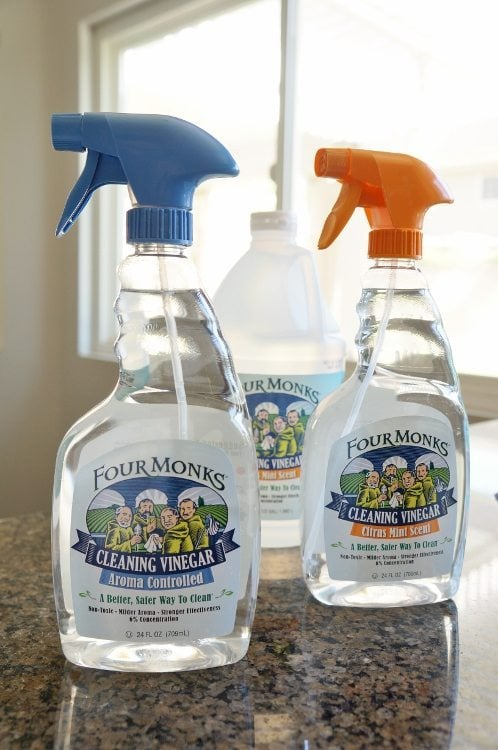 Kitchen-Tips-for-Cleaning-with-Vinegar