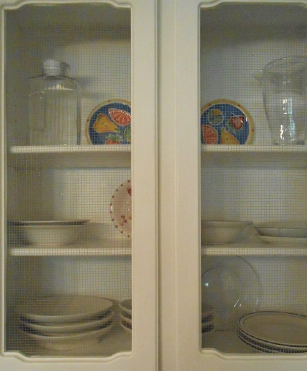 DIY Kitchen Cabinet Makeover  (15)