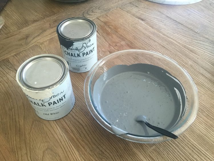 Side Table Makeover with Annie Sloan Chalk Paint