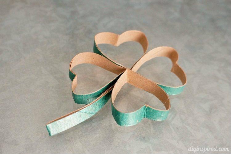 Toilet-Paper-Roll-Four-Leaf-Clover