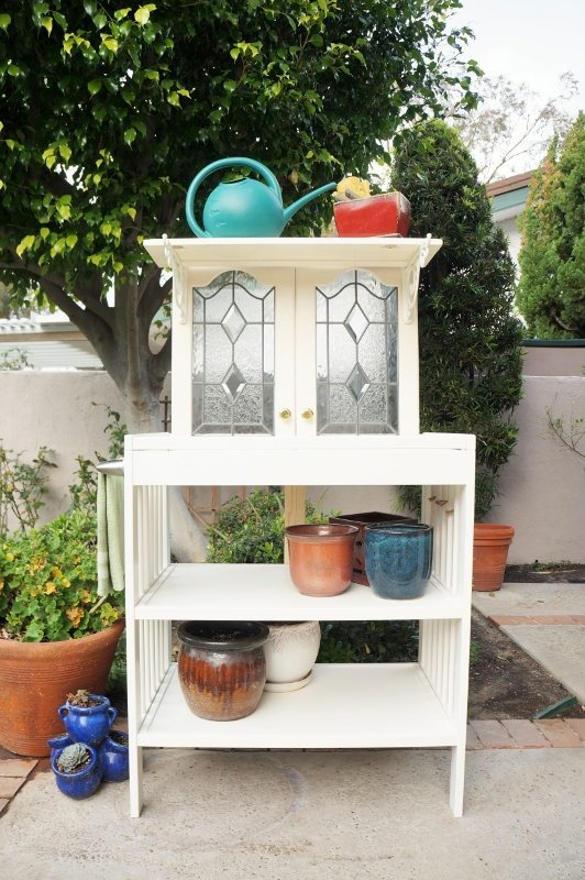 Repurposed Changing Table to Potting Bench (2)