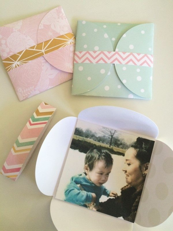 DIY Envelope Photo Card