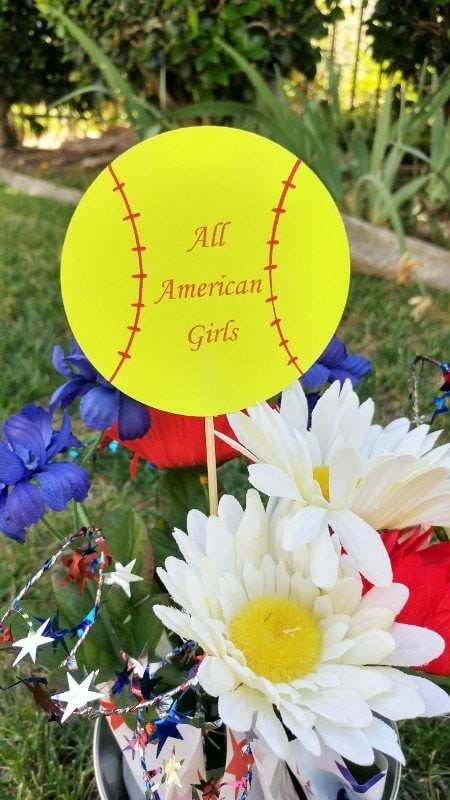 Easy Softball Decorations for a Party