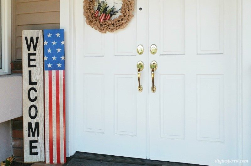 Fourth of July Front Porch Decoration