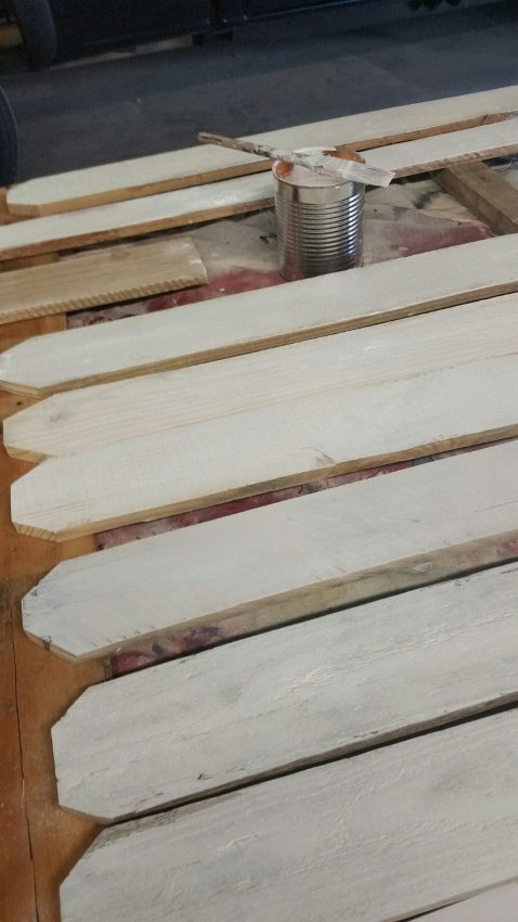 DIY White-Washed Screen (2)