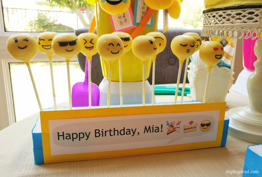 Emoji DIY Cake Pop Stand Holder