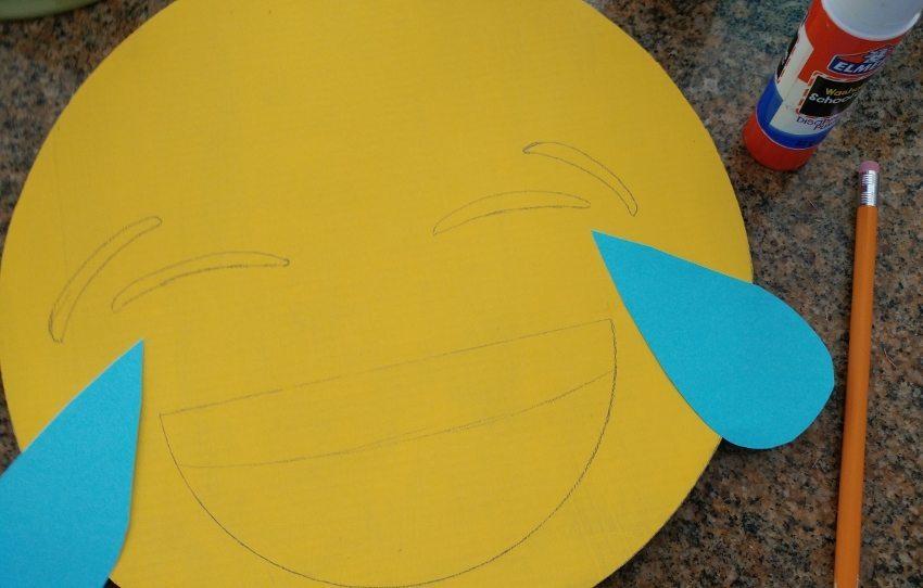 Laughing Emoji DIY