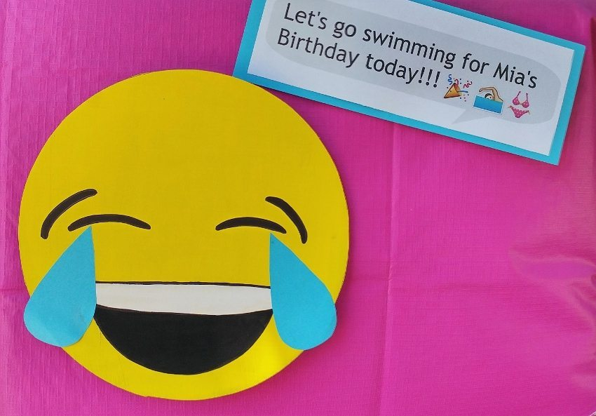 Emoji Party Decorations DIY - Laughing with Tears
