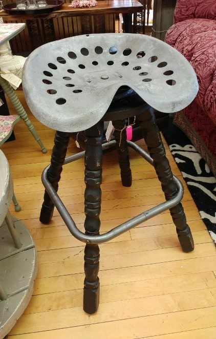 repurposed-furniture-tractor-seat-stool
