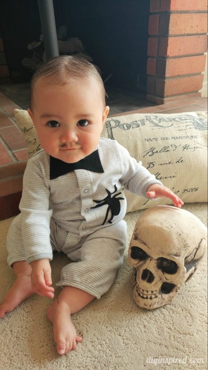 diy-baby-pubert-addams-halloween-costume