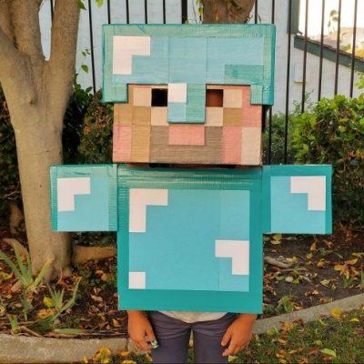 DIY Minecraft Costume Instructions