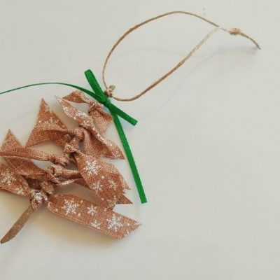 DIY Ribbon Christmas Tree Ornaments