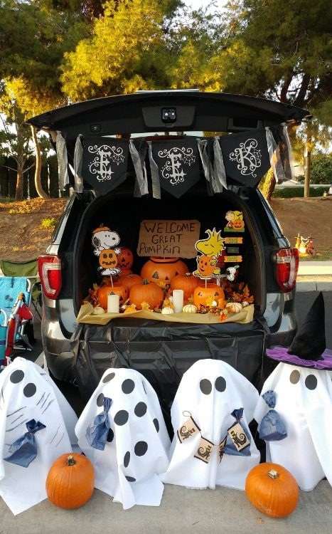 trunk-or-treat-charlie-brown