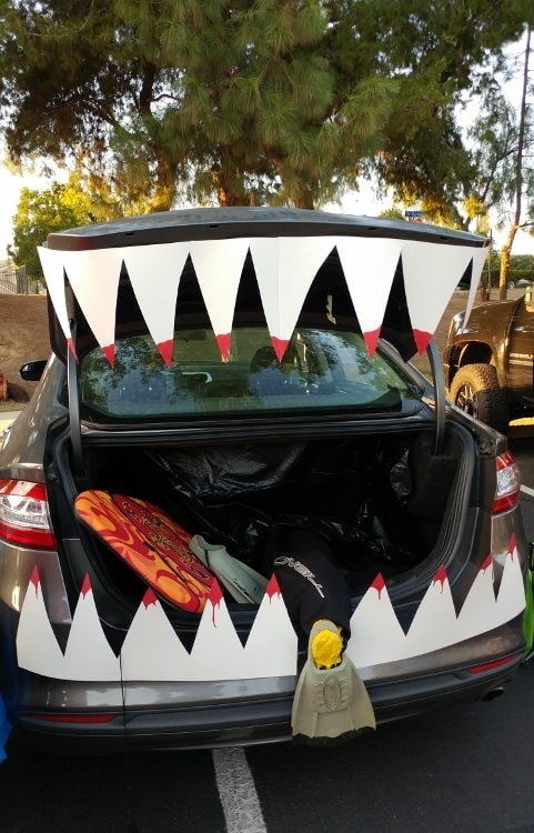 trunk-or-treat-shark-mouth