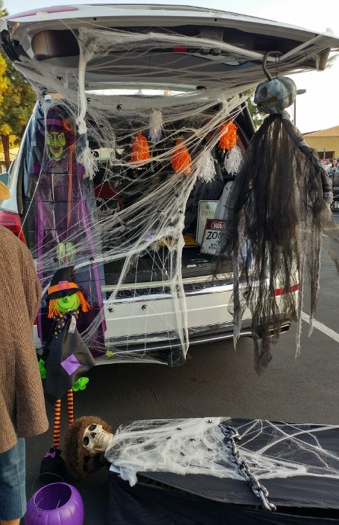 trunk-or-treat-spooky