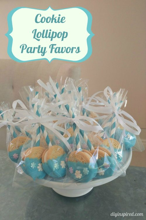 diy-cookie-lollipops-with-snowflakes