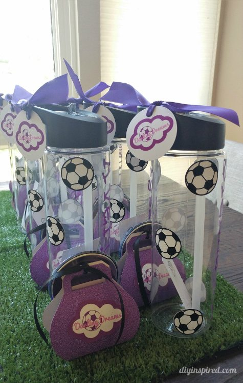 soccer-party-favors