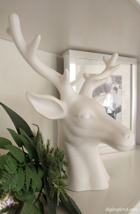 christmas-decor-white-deer