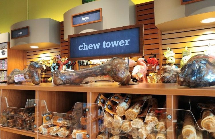 holiday-pet-essentials-with-krisers-chew-tower