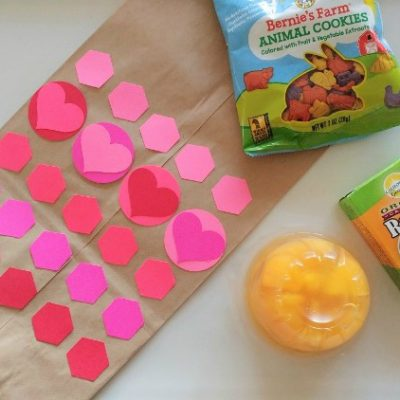 Kid's Craft: Valentine's Day Lunch Bags