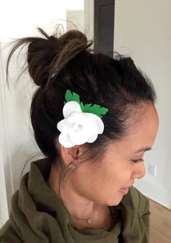 Easy Felt Flower Barrettes
