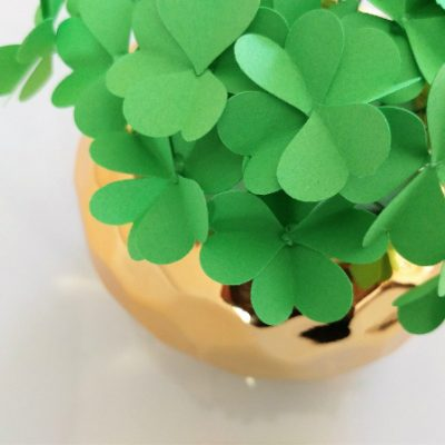 How to Make Paper Four Leaf Clovers