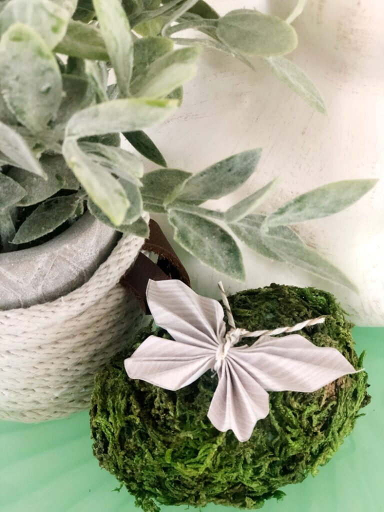 Easy Paper Butterflies Craft - DIY Inspired