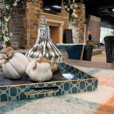 Tips for Decorating Your Outdoor Space for Fall