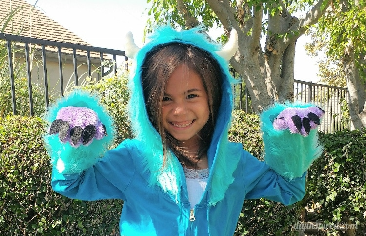 Diy Sulley Costume From Monster S Inc Diy Inspired