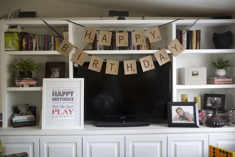 Game Night Ideas including Party Décor, Easy DIY's, and Food Ideas for a Birthday Party