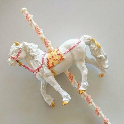 DIY Carousel Horse Cake Topper