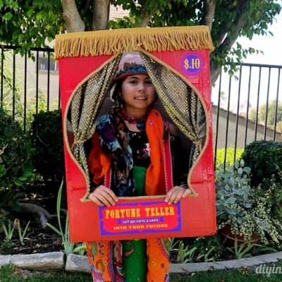 DIY Fortune Teller Booth Halloween Boxtume