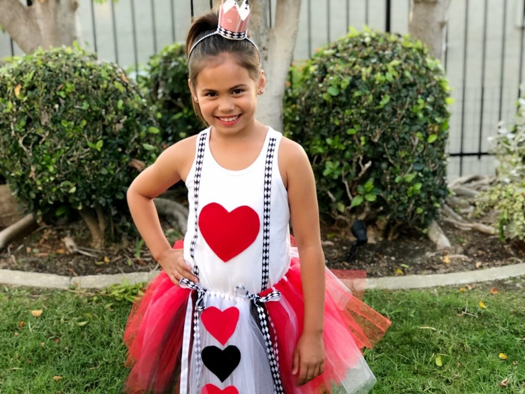 Diy Queen Of Hearts Costume For Kids Diy Inspired
