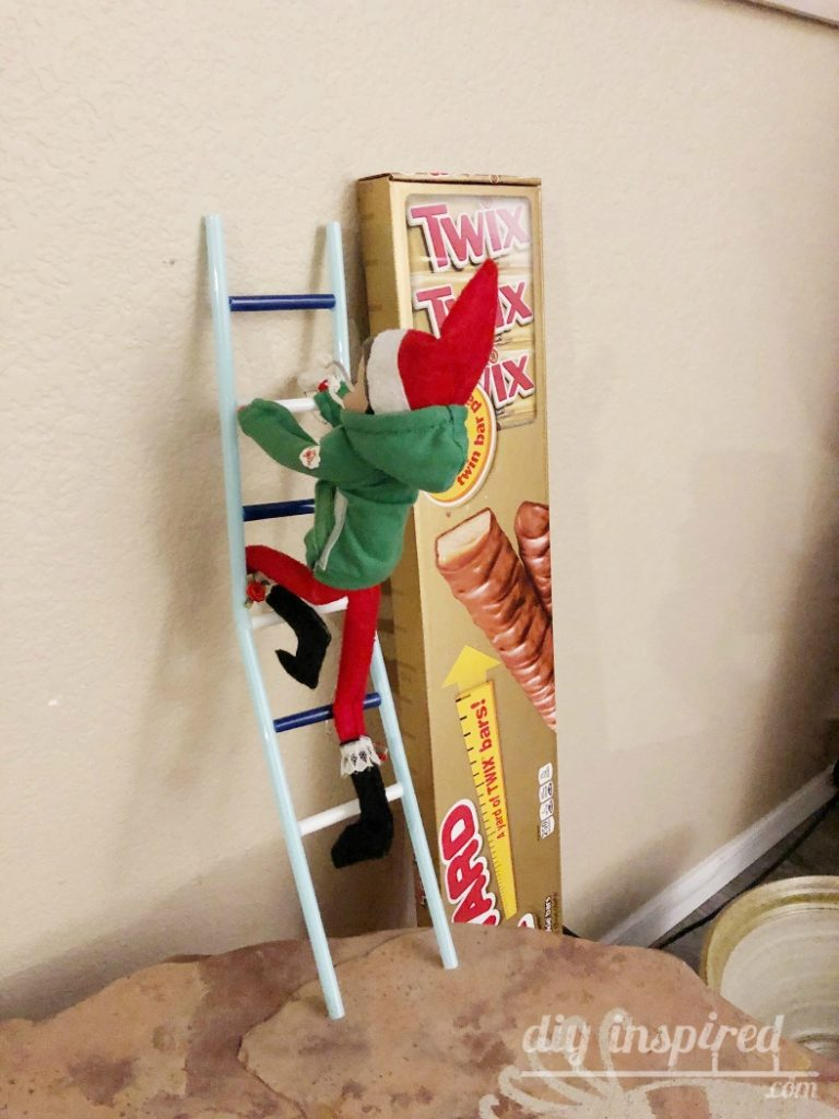 DIY Elf Ladder with Straws