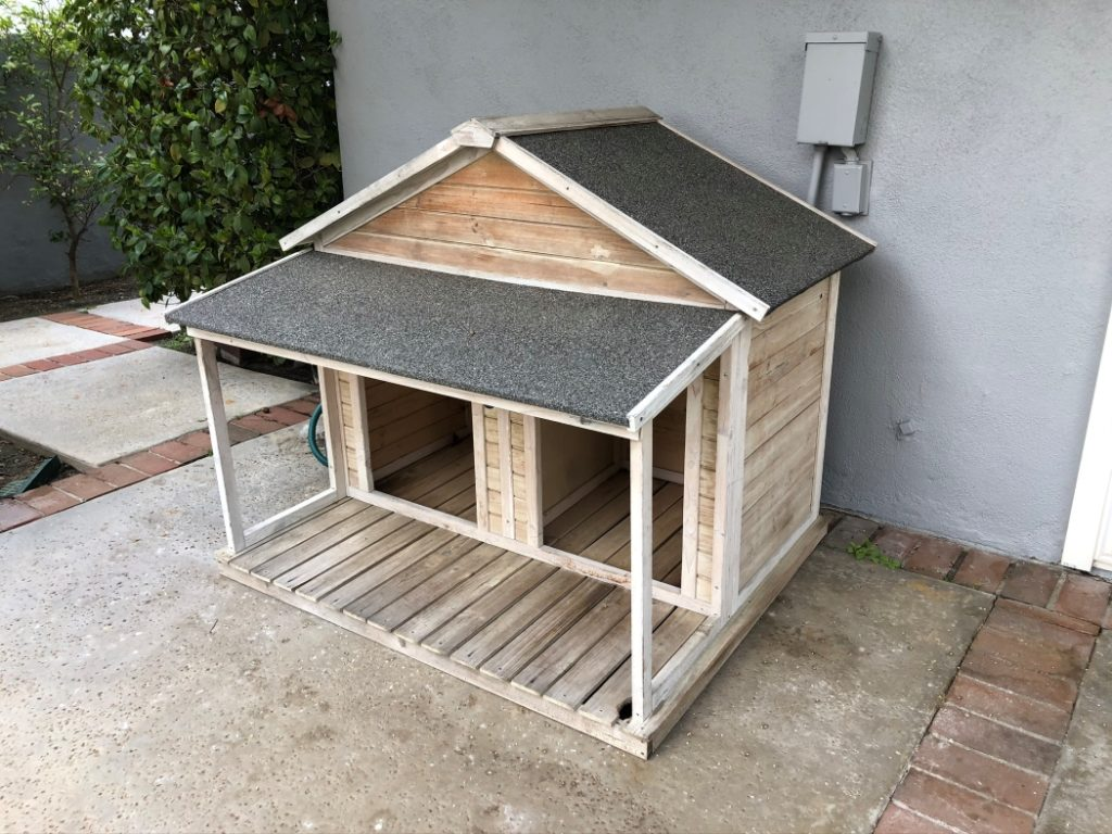 Wooden Double Dog House
