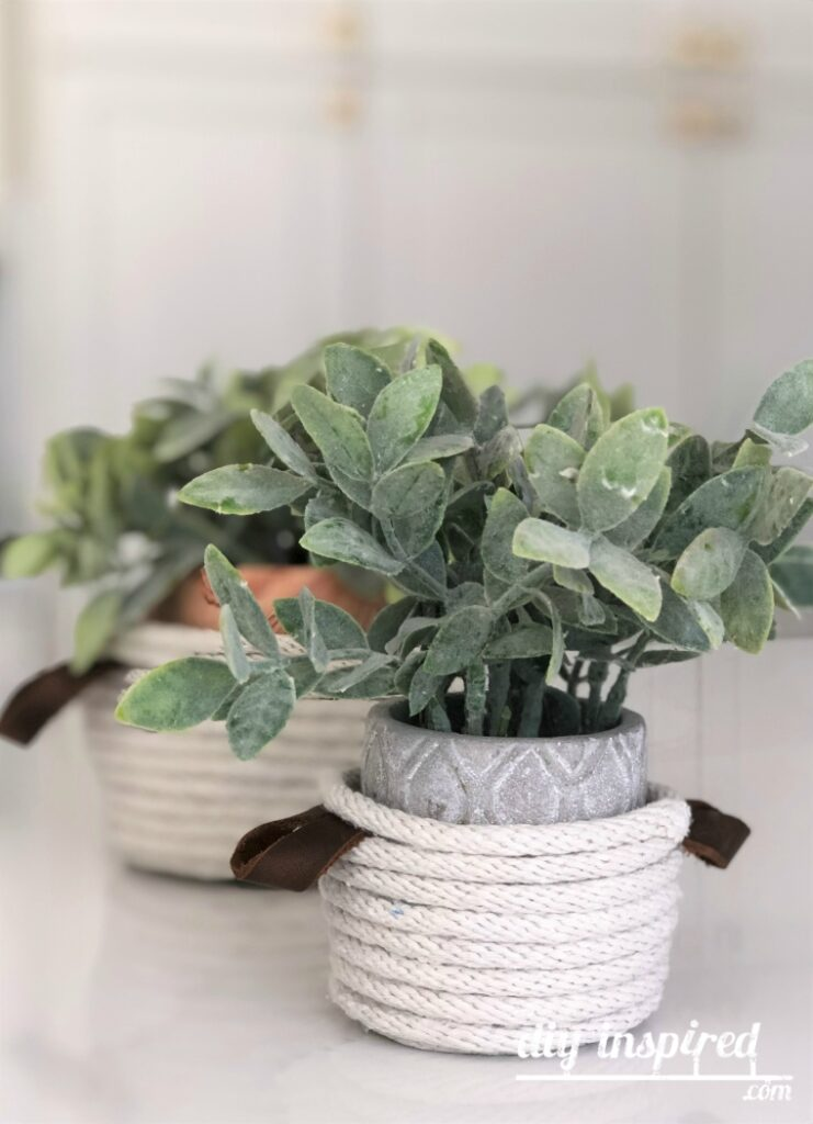 DIY Mini Rope Baskets with Leather Handles