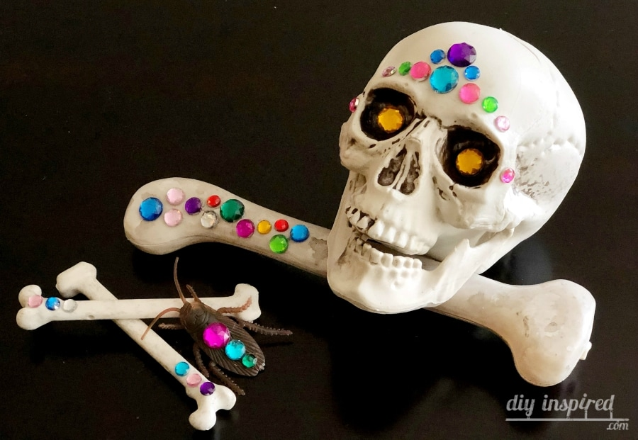 Jeweled Glam Skulls for Halloween