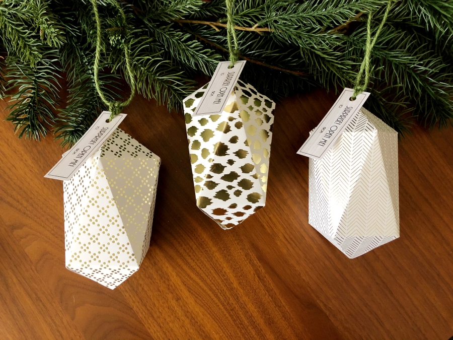 DIY Quartz Christmas Ornaments Paper Craft