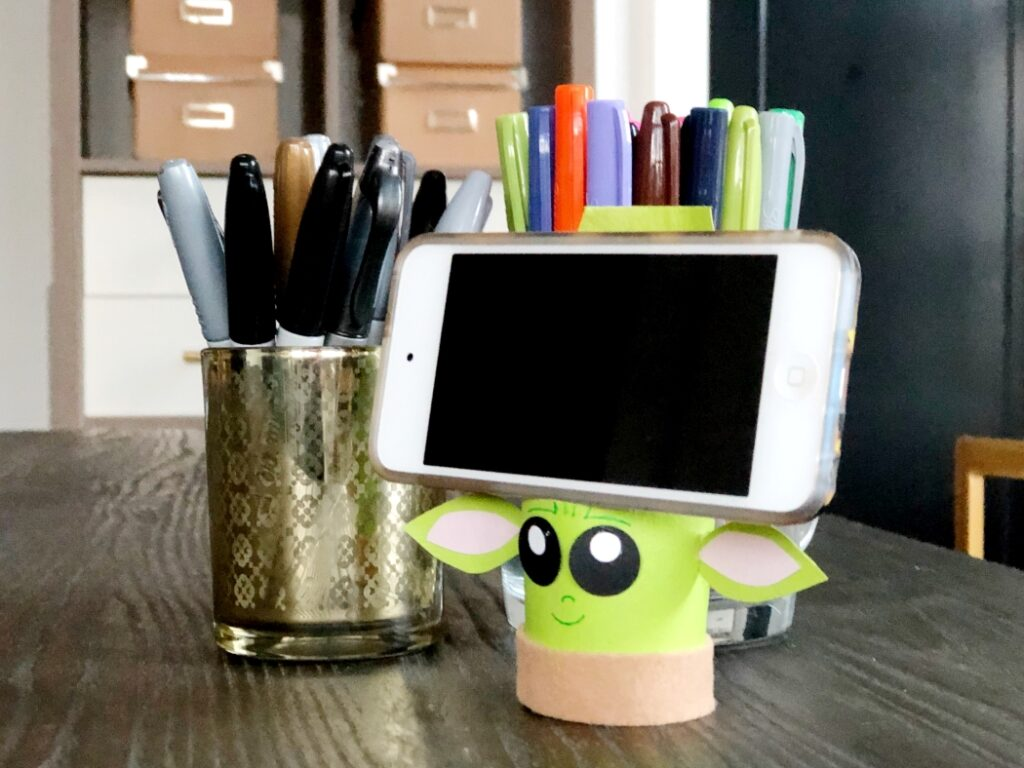 Baby Yoda Recycled Craft Idea