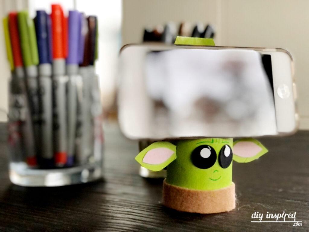 Cardboard Tube Baby Yoda Craft
