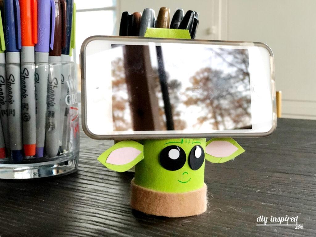 DIY Baby Yoda Phone Stand